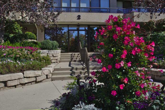 Weigel Property Management 187 Queen S Heights